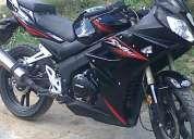 moto  año 2010 poco uso vendo o permuto