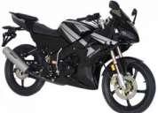 Vendo moto winner spitzer 125cc. negro  2 cascos