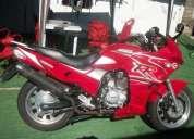 Vendo moto genesis 200 35000 mil muy linda