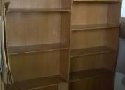 Vendo biblioteca de madera en buen estado