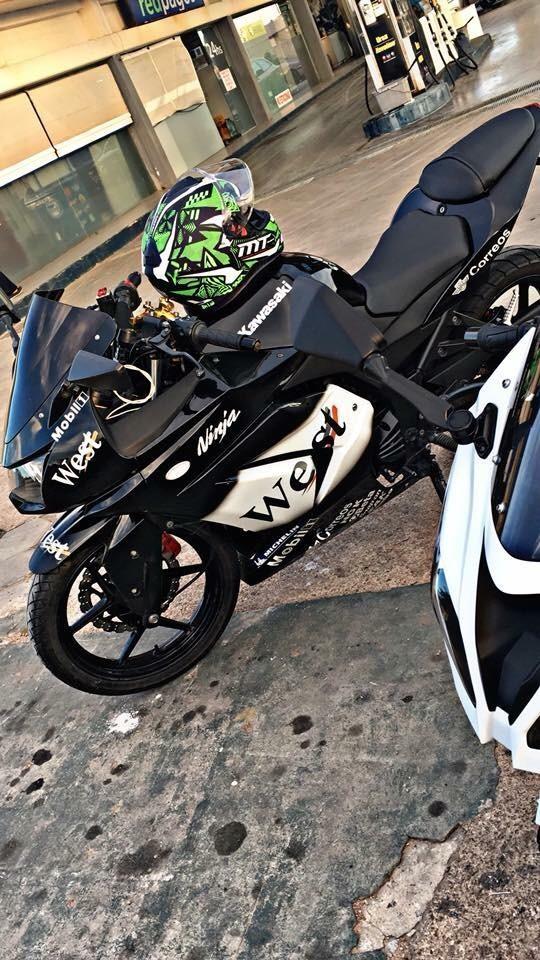 Linda Kawasaki Ninja 250 Año 2010
