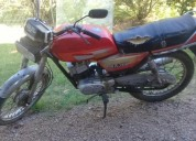 Vendo excelente moto motor suzuki con libreta