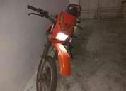 Vendo excelente moto 125