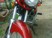 Vendo excelente moto