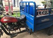 Linda moto triciclo