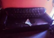 Sofa en cuerina 1.80 largo y espejo viselado