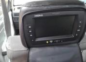 Dos pantallas para auto audio