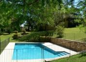 Mansa a 5 cuadras del mar 3 dormitorios con piscina climatizada y gran jardin en punta del este