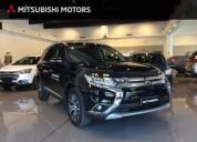 Mitsubishi outlander 4x4 7 pasajeros 2018 0km cars