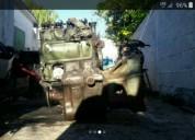 Motor para camion mercedez en las piedras