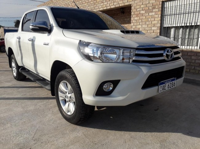 Toyota Hilux 20000 kms