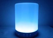 Parlante/lampara mesa de luz